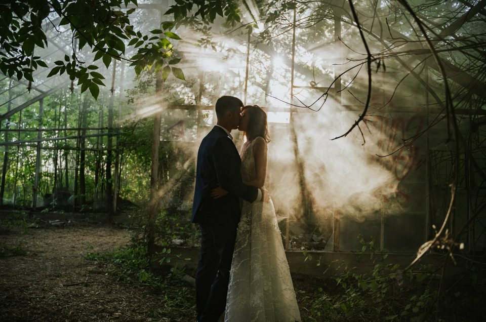 Sylwia i Tomasz | Plener ślubny w opuszczonej szklarni